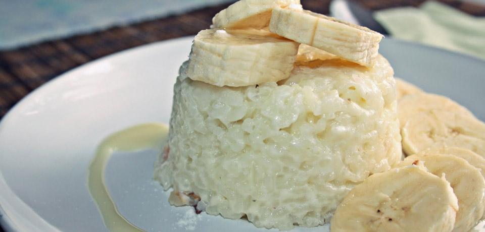 блюдо с кусочками бананов