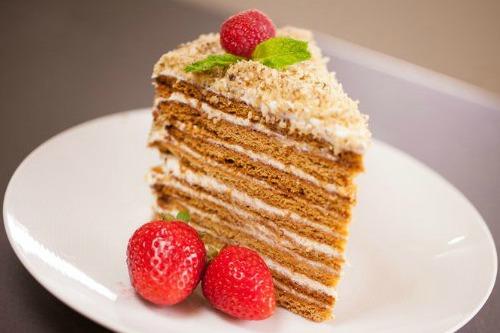 Готовый кусочек тортика