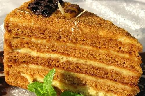 Крем для торта медовик из сгущенки