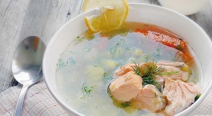 нежный суп из красного рыбного филе семги