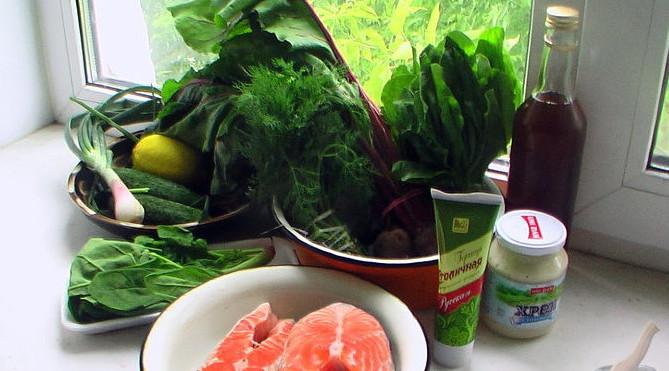 приготовленные продукты для супа ботвинья