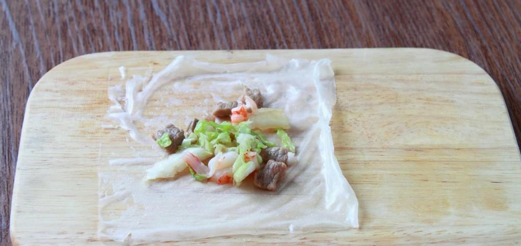 начинка на рисовом листе