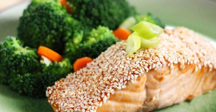 рыбное филе с брокколи