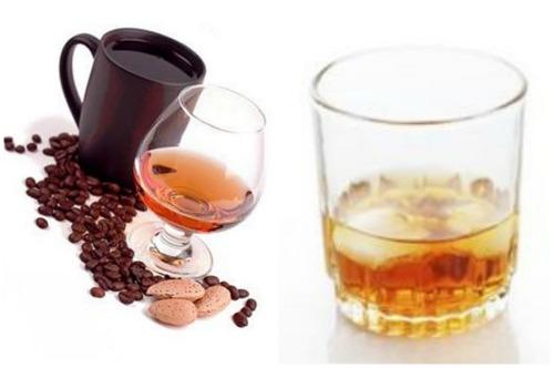Амаретто с кофе и в коктейле Крестный отец