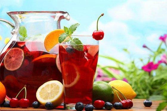 Испанский освежающий напиток