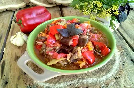 аджапсандал- грузинское блюдо