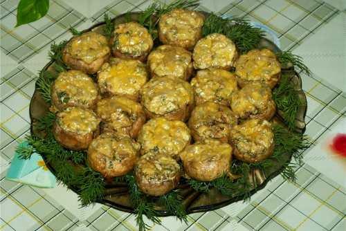 Грибочки на тарелке