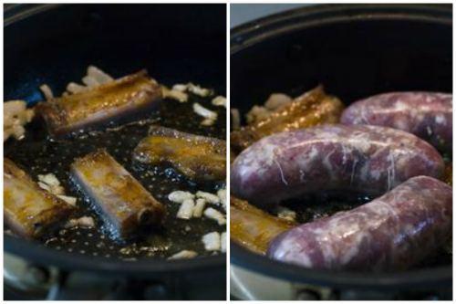 Обжарка ребрышек и колбасок