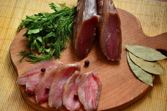 Как приготовить балык из курицы, свинины, рыбы
